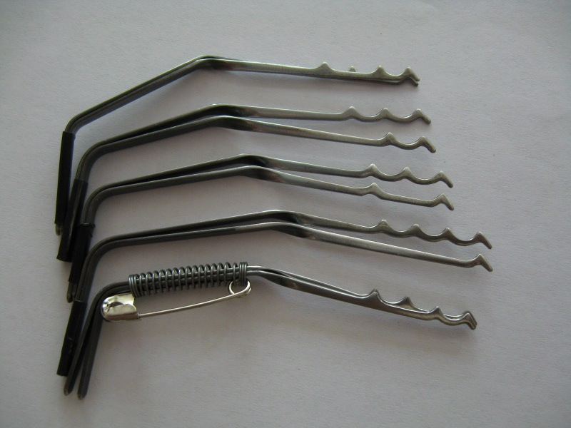 Homemade lock pick rake homemade ftempo for Lock pick rake template